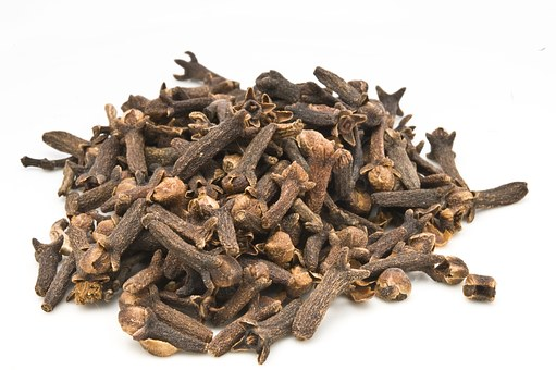 Cloves: Cultivation and Health Benefits